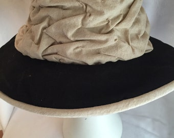 Cream and black sunhat
