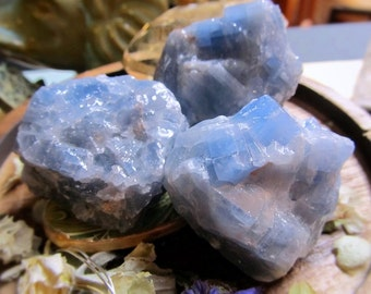 Blue Calcite Healing Crystal, High Grade, Connects Emotions With Intellect, Throat Chakra, Higher Awareness