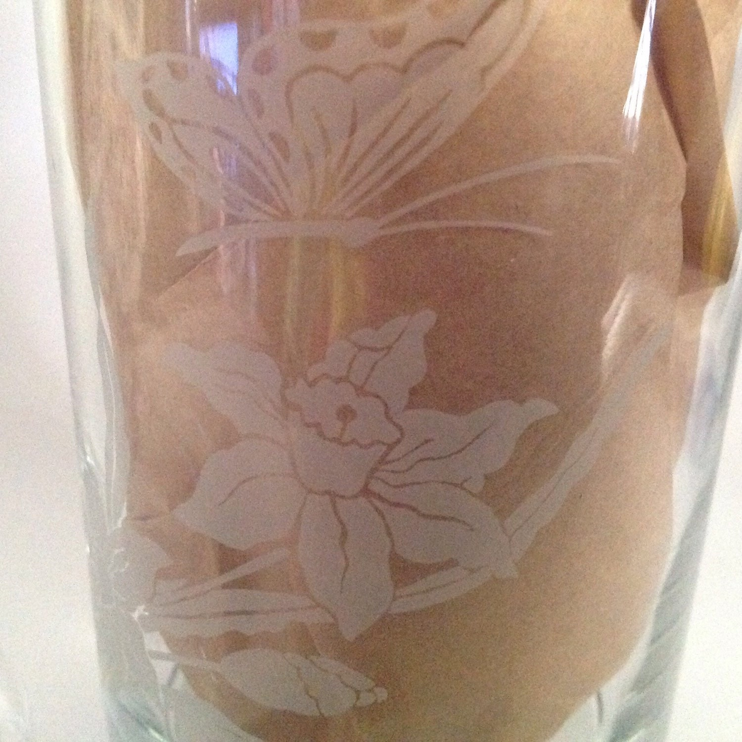 Bathroom apothecary jar set - Clear Glass Apothecary Jar Frosted Daffodil Flowers
