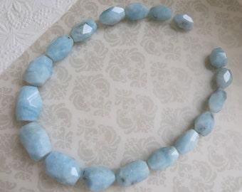 "LUXE Aquamarine, Large Graduated Aquamarine Strand, Sky Blue, 18 Faceted Beads, Full 17"",  March Birthstone"
