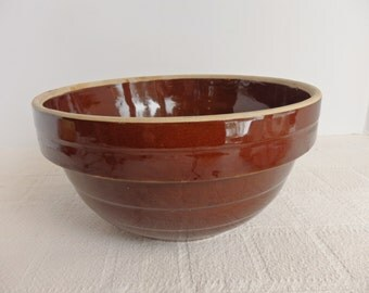 Vintage Stoneware Brown Glazed 9 inch Mixing Bowl, Marked USA
