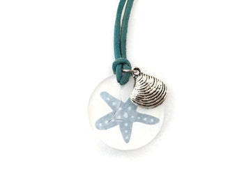 Necklace Starfish in light blue