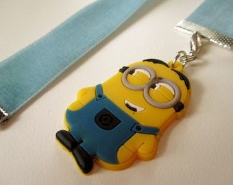 Dutch Blue Velvet Bookmark w/Minion