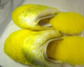 Fuzzy Slippers, Vintage Yellow Plush House Slippers in Package Penneys Sara Dee Brand Size 8 - 9 New True Vintage 1970s