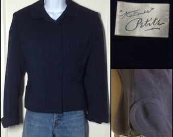 Vintage 1940's Navy Blue tailored fitted Blazer looks size Medium 31 inch waist crepe lining office suit jacket