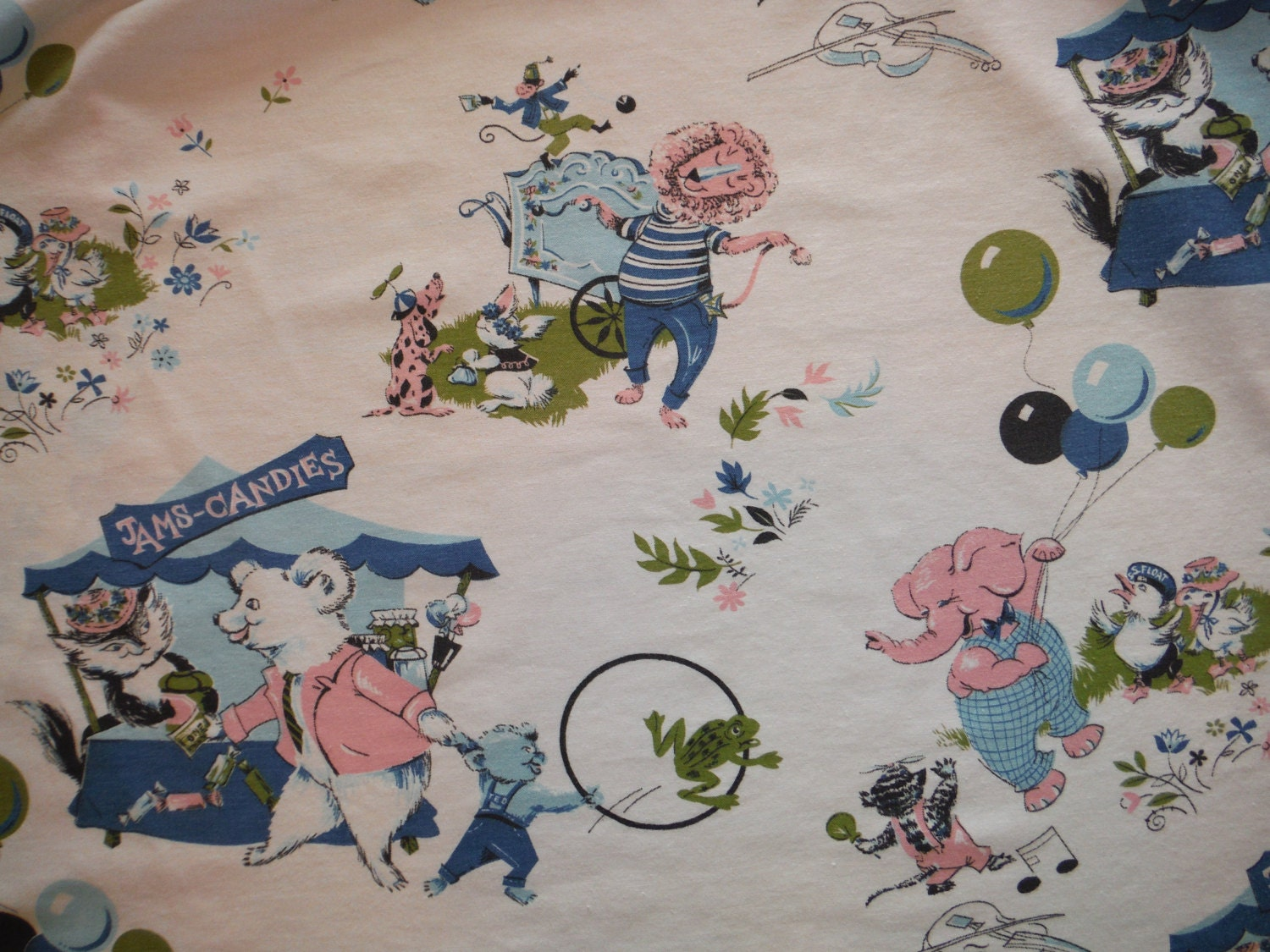 Delightful vintage child 39 s bedroom nursery drapes for Curtain fabric for baby nursery