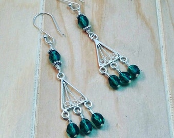 emerald green silver chandelier earrings-czech glass chandelier earrings-silver chandelier earrings-green chandelier earrings-green crystal