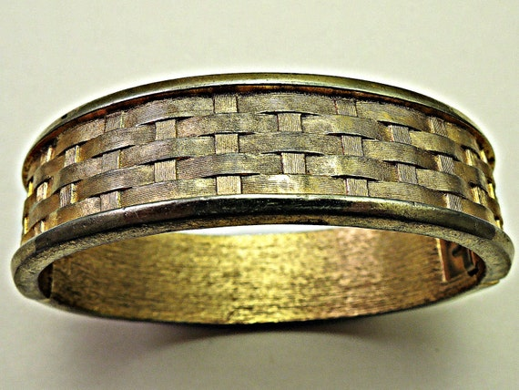 How To Basket Weave Bracelet : Items similar to signed crown trifari gold tone basket