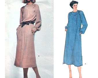 Vogue Sewing Pattern 2073 Misses' Dress by Jerry Silverman  Size: 12  Used