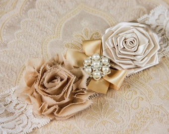 Ivory Keepsake Bridal Garter, Champagne Wedding Garter, Lace Bridal Garter, Ivory Garter - Ivory Lace, Champagne and Cream Flower Garter