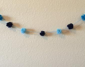 Yarn Pom Pom Garland/Blue