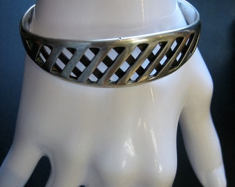 Vintage Sterling Silver Taxco Mexico Hatched Lattice Cuff Bracelet 27.6 Grams