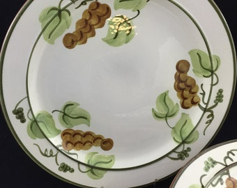 Vintage Stangl Pottery Dinner Plates, Set of 7