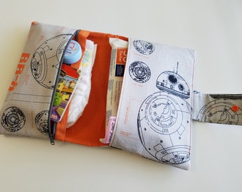 Star Wars Diaper Bag | Diaper Clutch for Dad | Diaper Wipes Bag | Gift for Dad | Diaper Changing Kit | Father's Day Gift | BB-8