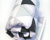 Hamptons Triangles crib quilt - Navy // Mint // Gray - baby bedding