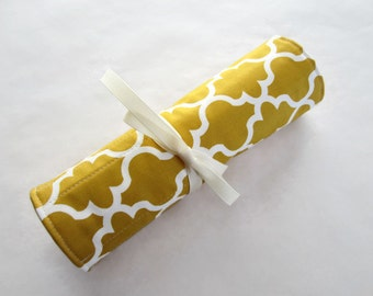 Makeup brush roll cosmetic roll mustard lattice with ivory (MBR16-004)