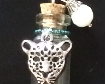 Memory Wish Aromatherapy keepsake bottle necklace DAKOTA cat