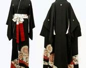Japanese Kimono Robe /  Antique Silk Kimono Tomesode / 1940's / 5 Crest / Oriental Dress / 011901