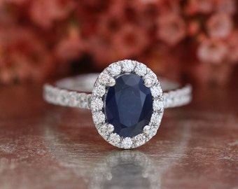 Natural Blue Sapphire Engagement Ring Halo Diamond Ring in 14k White Gold 8x6mm Oval Cut Sapphire Ring (Bridal Wedding Ring Set Available)