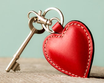 Red  Heart. Leather Keychain. Women.  Personalized. For Her. Leather. Women Gift. Mom Gifts. Leather Key fob. Key holder.
