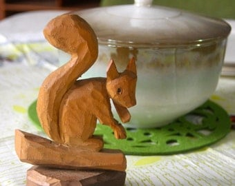 Vintage Retro 1950's Wooden Carved Squirrel