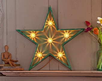Light up Circus Star fairground lights/circus lights/marquee lights/vintage star/retro star/carnival lights/light up star/graphic light