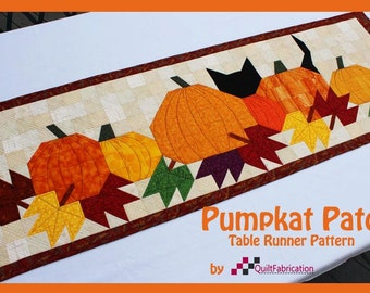 Table Runner: Pumpkat Patch - Instant Downloadable PDF Pattern only. Easy to assemble!