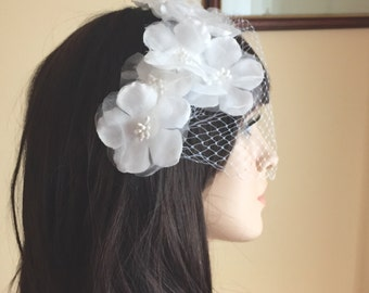 Bridal Birdcage Veil, Wedding Fascinator, Bridal Fascinator, White Birdcage Veil, Appliqué Wedding Veil, White Fascinator, Ivory Fascinator