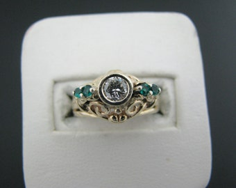 Gorgeous Vintage Diamond and Green Stone Ring in 14k Yellow Gold Filigree Set