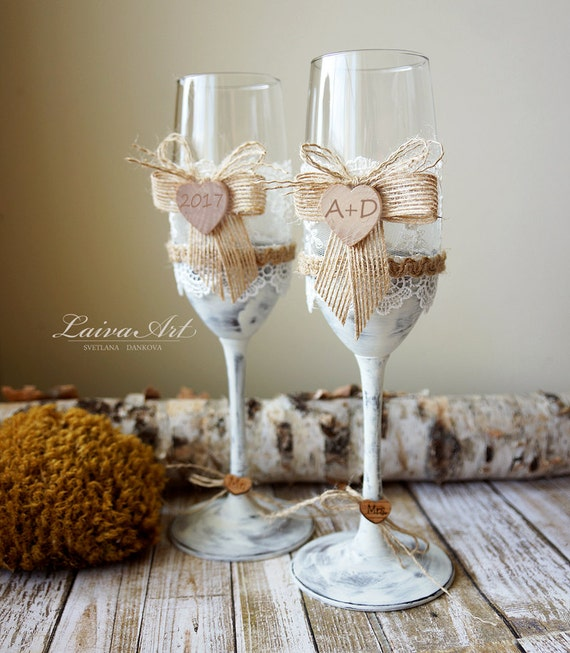 Wedding Gift Champagne Flutes: Rustic Wedding Champagne Flutes Toasting Glasses Bride And