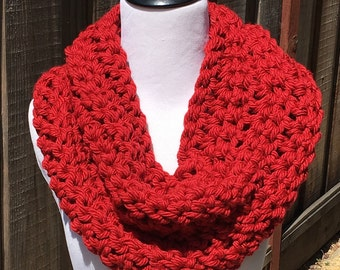 Red Infinity Cowl; Crimson Infinity Cowl; Red Crochet Cowl; Crochet Scarf; Women's Cowl; Handmade Cowl; Crimson Scarf