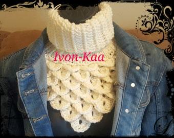 Crochet Dragon Cowl White Scarf Infinity Chunky Neck Scarf Woman Neck Cowl Stretchy Scarf