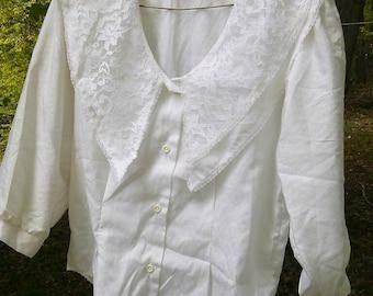 Vintage lace collar blouse