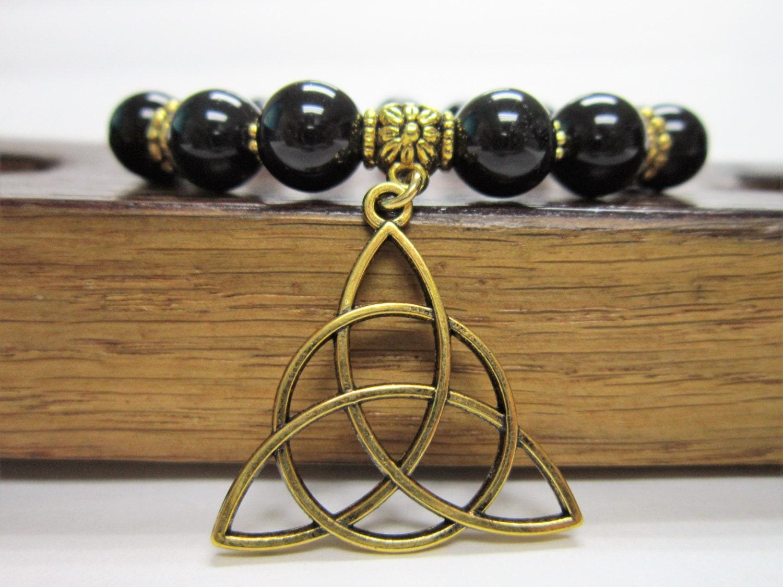 celtic knot bracelet gemstone triquetra bracelet celtic knot. Black Bedroom Furniture Sets. Home Design Ideas