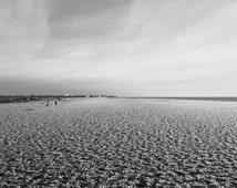 10x8 Download, Aldeburgh Beach, Suffolk, black and white photograph, computer wallpaper, screensaver