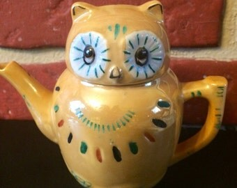 Vintage Pierl 1950's Porcelain Owl Tea Pot made in China