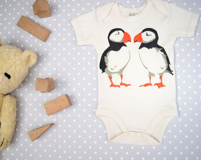 Puffin baby one-piece in organic cotton. Baby bodysuit.