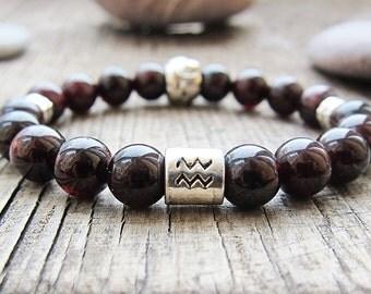 Aquarius birthstone Zodiac jewelry Zodiac bracelet Beaded bracelet Garnet bracelet Horoscope jewellery Astrology bracelet Women Gift for her