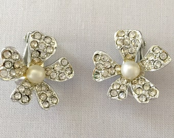 Pave Rhinestone Flower Earrings Vintage faux Mabe Pearl Clip Earrings, Wedding Jewelry, Mother of the Bride, Bridal