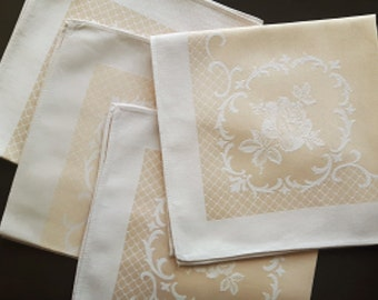 Vintage damask tablecloth / napkin set of four