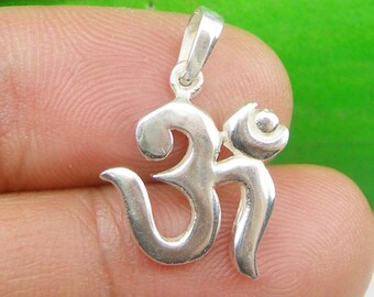 Solid OM or Aum Spiritual Symbol Buddhism Pendant Real Genuine 925 Sterling Silver - P60