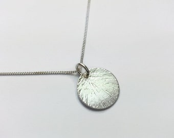 Sterling Silver Etched Disk Necklace. Silver circle necklace, simple design for everyday.  Gift idea for wife, girlfriend or friend. UK