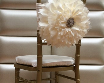 Sale!!! Flower chair sash with brooch. Free shipping cost!