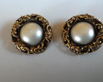 Clip earrings-earrings-vintage earrings-elegant earrings with Pearl Earrings