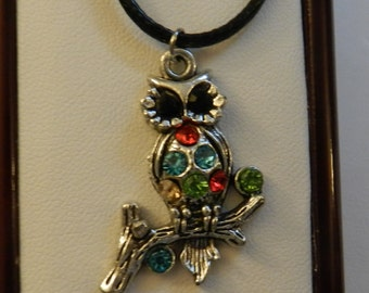 Silver Owl with colored Crystals Chocker V10 on Black cord