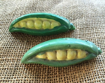 Adorable Vintage Corn on the Cob Salt and Pepper Shakers.  Made in JAPAN.