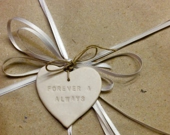 Personalised gift tag porcelain