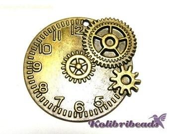 1x Large Steampunk Clock Cog Wheel Pendant 48 mm - Antique Gold