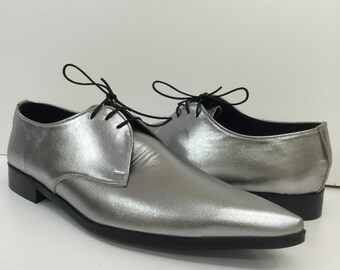 Gibson Winklepicker Shoes in Silver Leather
