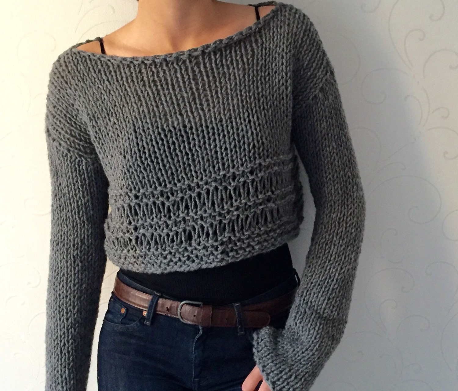 Knit sweater Knit crop top Cropped wool sweater Winter trends